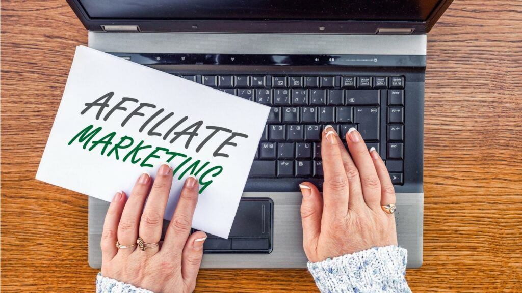 How Affiliate Marketing Works Best in 2021?